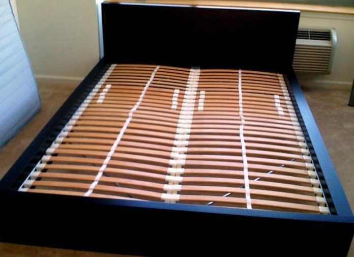 Stop Ikea Bed Slats Falling Through, Does My Bed Frame Need Slats